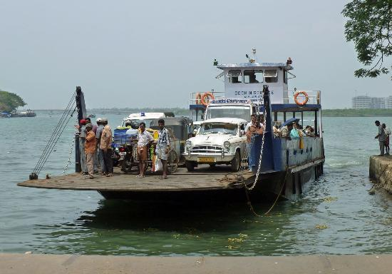 ferry-arriving-at-dock